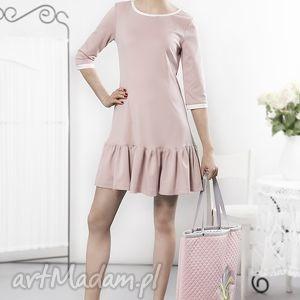 ręcznie robione sukienki pudrowa sukienka z falbaną
