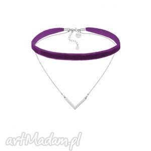 hand-made naszyjniki fioletowy aksamitny choker z łańcuszkiem i zawieszką