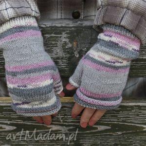 ręcznie wykonane rękawiczki mitenki w pastelach