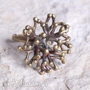 Złocista jemioła -pierścionek b812 artseko pierścionki