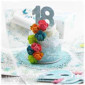 Exploding Box - na 18 urodziny, 18, pudełko, tort, teatr, kwiaty