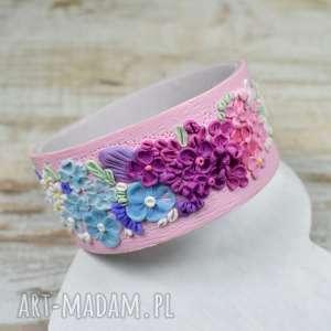 Prezent Wiosenna bransoletka- ręcznie robiona bransoletka z kwiatuszkami