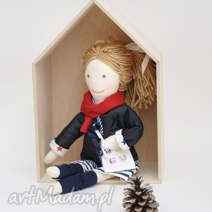 Prezent Lisa w granatowej pikówce, lalka, szmaciana, prezent, dladziewczynki