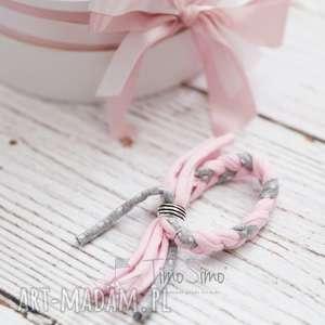 Timosimo - bransoletka plecionka różowo-szary w białe kropki