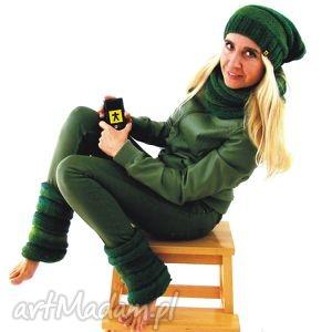 Prezent komplet w zieleniach: czapka, komin i getry, komplet, zestaw,