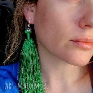 duże zielone klipsy frędzle, duże, długie, lekkie, walentynki, etno