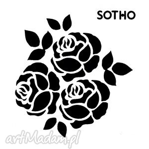 tatuaż trzy czarne różyczki, tatuaż, tattoo, blogerski, róże