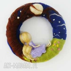magisches-atelier w księzycowym blasku wianek girlanda - dekoracja
