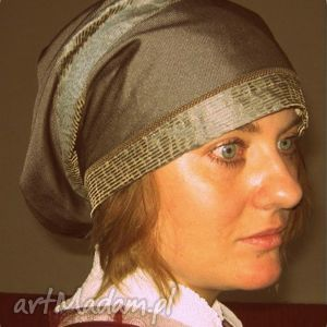 hand made czapki liczy się na świecie kto kogo w łóżku gniecie