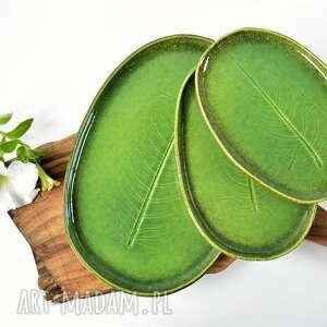Zestaw ceramicznych pater z liściem - 3 szt ceramika tyka