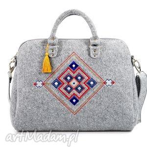 handmade torebki torebka filcowa kuferek 334