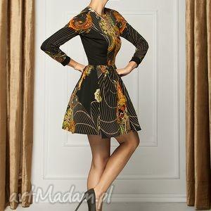 sukienka z orientalnym printem RD, sukienka, koktailowa, print, rozkloszowana, mini