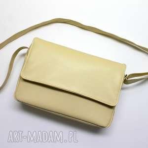 listonoszka z klapką - beżowa, elegancka, nowoczesna, pracownia, prezent, święta