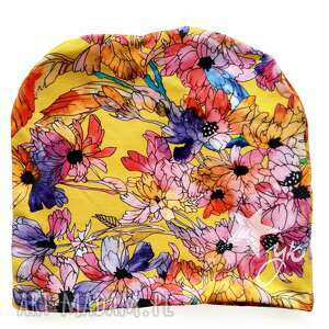 czapki czapka jesienna, musztarda, kwiaty jesienne, wzór kwiatowy, ilustracja