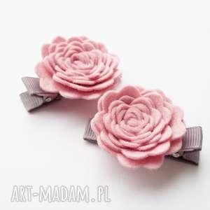 Spinki do włosów różyczki różowe, spinki, kwiatki, dziewczynki, filc,
