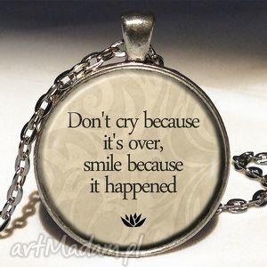 handmade naszyjniki dont cry - duży medalion z łańcuszkiem