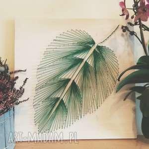 dekoracje obraz liść, wykonany techniką string art na drewnie, drewno