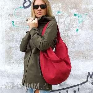 ręcznie wykonane torebki czerwona torba worek z zamszu ekologicznego na ramię