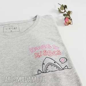 t-shirt hugs niana,oversize,rekin,