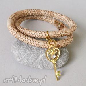 bransoletki stylowa bransoletka beige, klucz, beż, bransoletka, podwójna, rzemienna