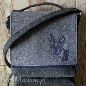 Filcowa torba - haftowany buldog, torba, haft, filcowa, kropki