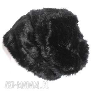 Damska futrzana czapka czarna-wszystkie organy oddała gdy się