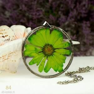 z84 naszyjnik z prawdziwym kwiatem w żywicy - naszyjnik z kwiatem, bizuteria z