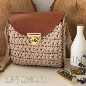 szydełkowa torebka kuferek z drewnianymi boczkami, damska