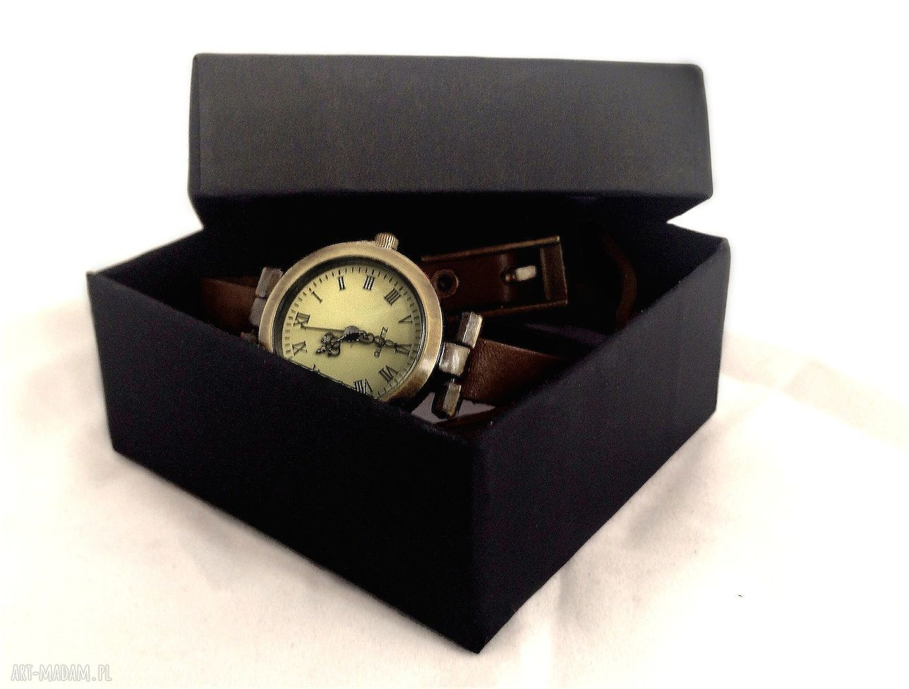 brązowe zegarki personalizowany zegarek z dwustronną zawieszką las