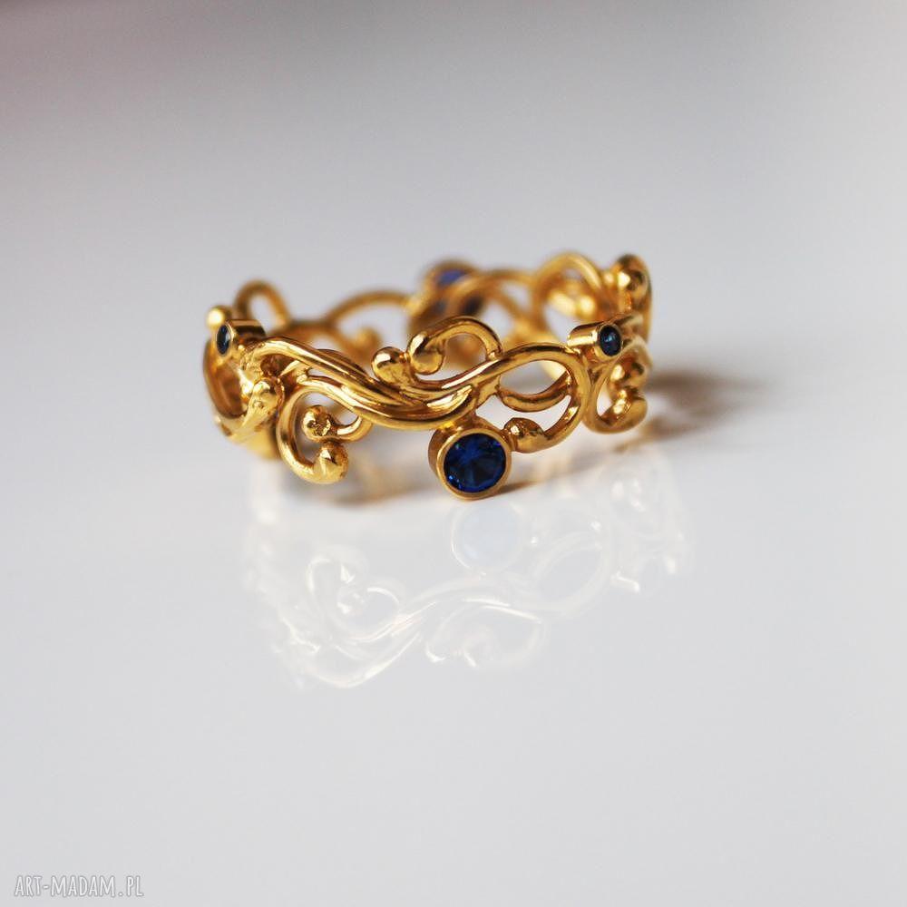 wyjątkowe pierścionki pozłacany złota szarfa