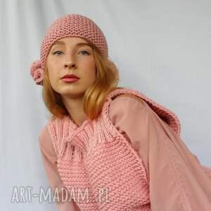 czapka z nausznikami - meduzami pudrowy róż, elegancka czapka, różowa