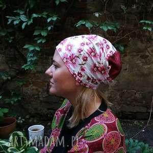 ręczne wykonanie czapki czapka damska w kwiaty wiosenna