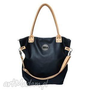 na ramię torba worek waterproof czarna, worek, ekoskóra, podróże, rodzina