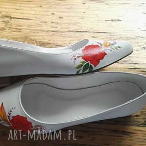 handmade buty baleriny ślubne z czerwonym kwiatem