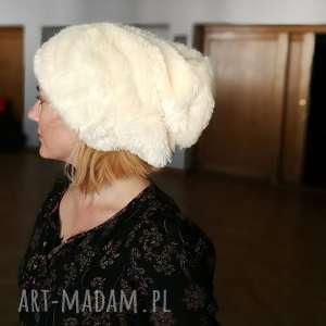 czapka futrzana zimowa ciepła długa handmade kolor ecru, futro, długa