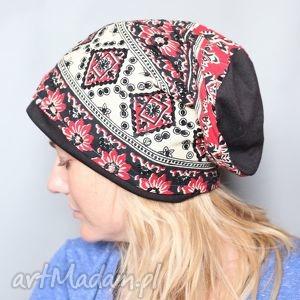 Ruda Klara - brylantyna na włosach drżała a szczęka kłapaład1 czapka