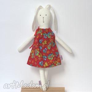 Zajączek wielkanocny w czerwonej sukience, zajączek, króliczek, maskotka,