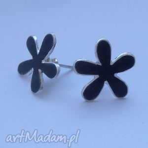 Kolczyk kwiat - oksydowane srebro katarzyna kaminska srebro,
