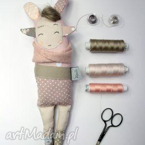 siostra szi pudrowe groszki - zabawka hand made, handmade, lalka, prezent, miękka
