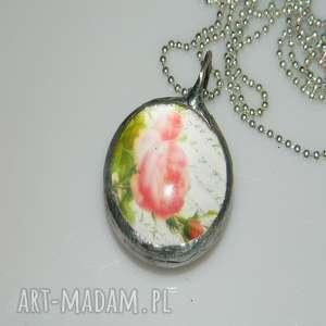 róża, szklany, szklany-wisior, unikatowa-biżuteria, unikatowy-wisior, grafika, róże