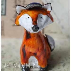 Lisek czapeczce z daszkiem, ceramika, lis