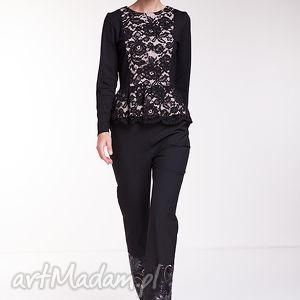 Bluzka Casilda, moda