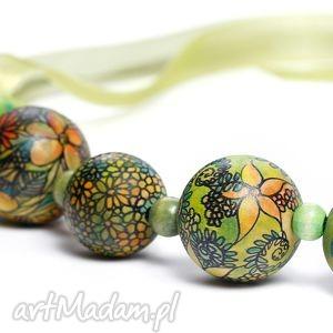 piękne autorskie rysowane i malowane graficzne korale - kwiaty - na prezent