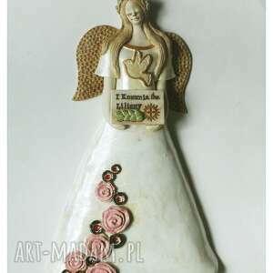 hand made ceramika anioł komunijny z różami