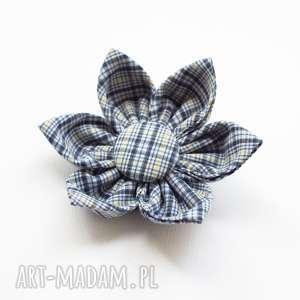 ręczne wykonanie ozdoby do włosów spinka kwiatek