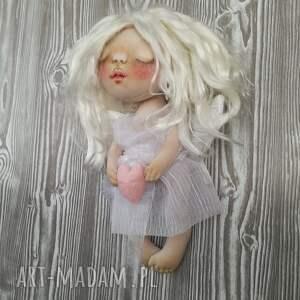 Prezent ANIOŁEK dekoracja ścienna - figurka tekstylna ręcznie szyta i malowana, anioł