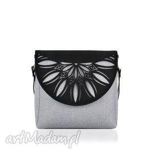 na ramię torebka puro 820 light grey cutout, wymienne, klapki, ażurowa, szara