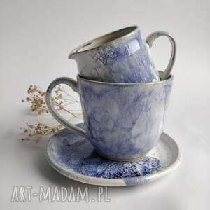 duża filiżanka ze spodkiem i dzbanuszkiem, kubek, do herbaty, ceramika
