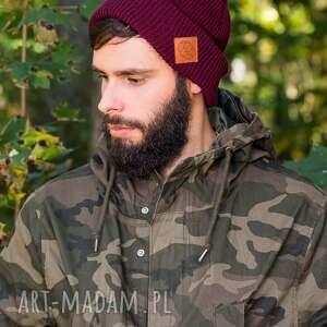 ręcznie robione czapki wywijana dwustronna logo z ekoskórki zadziorne bordo
