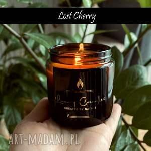 kominy lost cherry - naturalna świeca sojowa 120 ml inspirowana perfumami